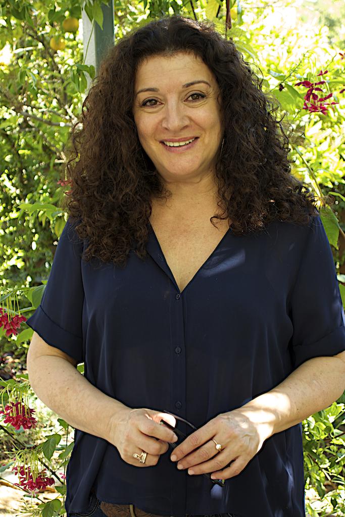 food journalist Janna Gur interviewed in her home